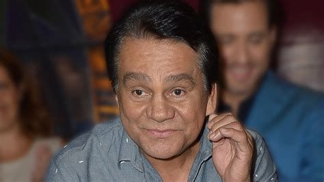 Roberto Duran Hospitalized with COVID-19, 'No Signs of
