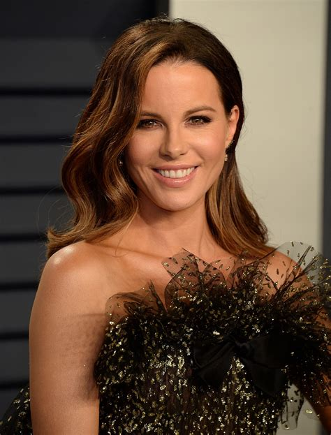 Kate Beckinsale TheFappening Sexy at Vanity Fair Oscar | #