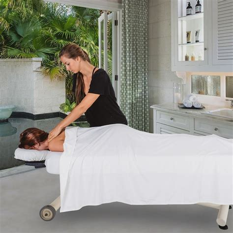 The Ellora Vista™ Lift Massage Table | by Earthlite