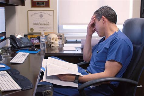 'Lenox Hill': Hospital drama on a human scale | The Sumter