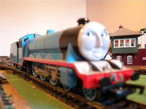 A Tribute to Gordon the Big Blue Express Engine - YouTube