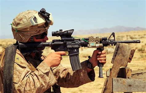 M4 Carbine: The Gun the Army Loves to Go to War With   The