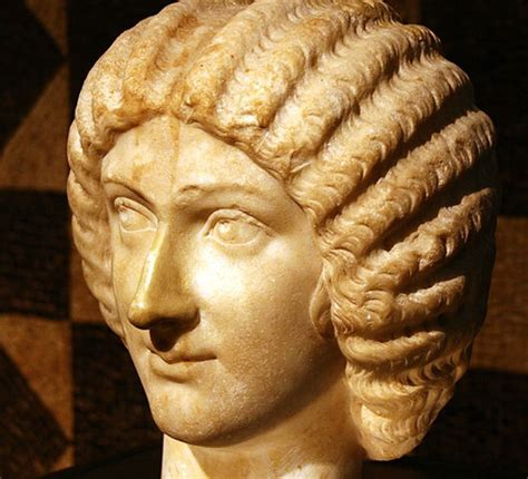 This Woman Is a Hair-Style Archaeologist | Smart News