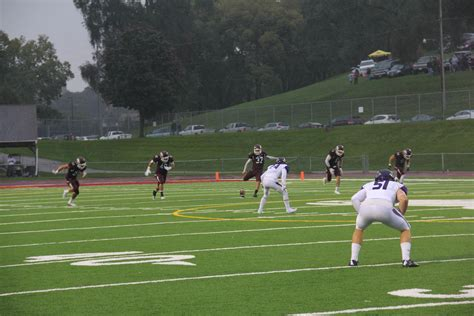 » Mustang Football Takes on Wisconsin- Whitewater Warhawks