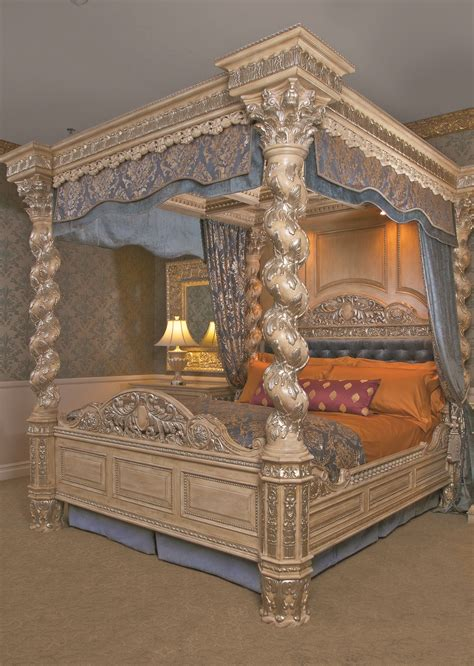 The Renaissance Canopy Bed Cal King | World's Best