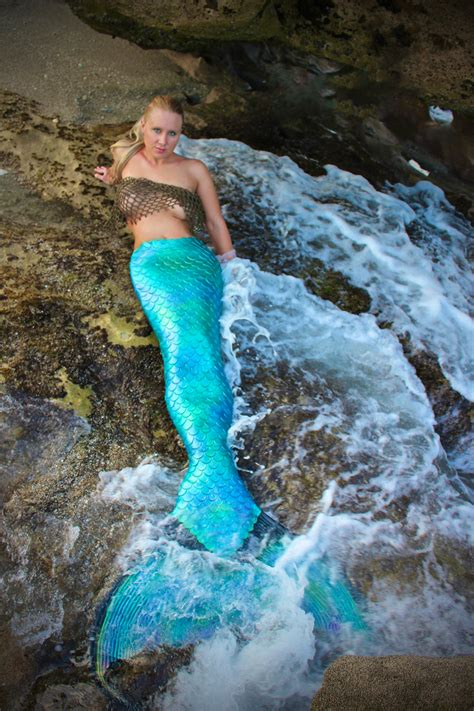 NEW! Mermaid jobs: rehearsal footage training for live