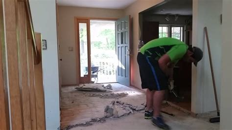 Removing mesh wire mortar under tiles - YouTube