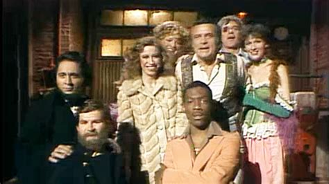Watch Monologue: Robert Conrad and the SNL Cast From