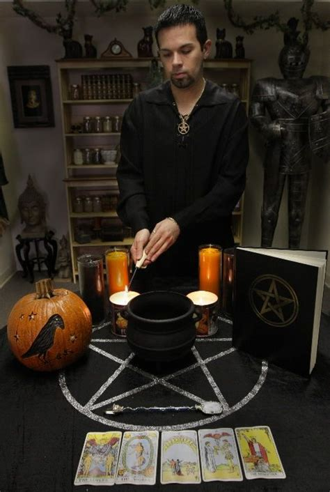Wiccan New Year ritual at Snug Harbor Cultural Center