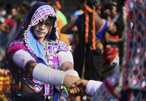 LGBTQ Singing & Hijras Recognised as Third Gender in India